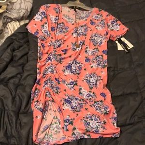 Floral ruched tee